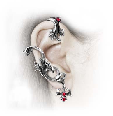 Gotycki kolczyk na ucho