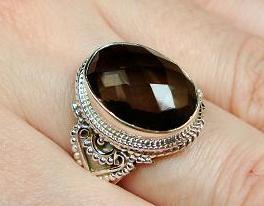 Srebrny pierścionek z kwarcem dymnym