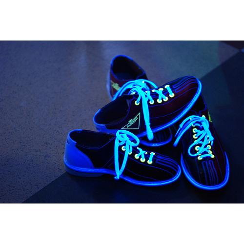 Świecące sznurówki ! c(;