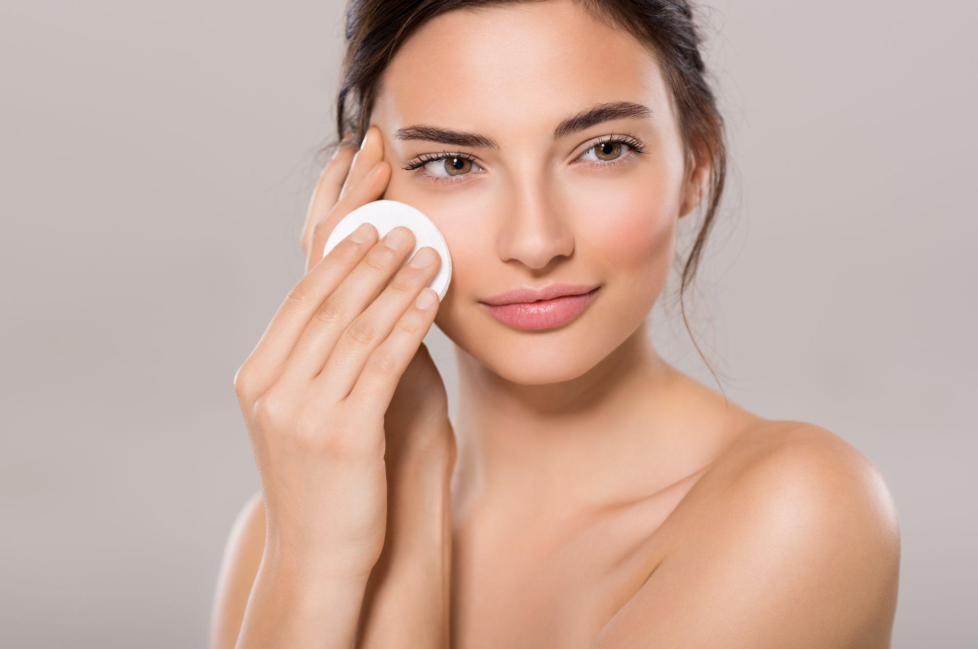 Baza pod makijaż | Blog kosmetyczny e-pomadka.pl