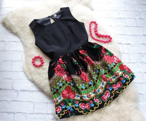 Sukienka góralska słowiańska ludowa etnic kwiaty