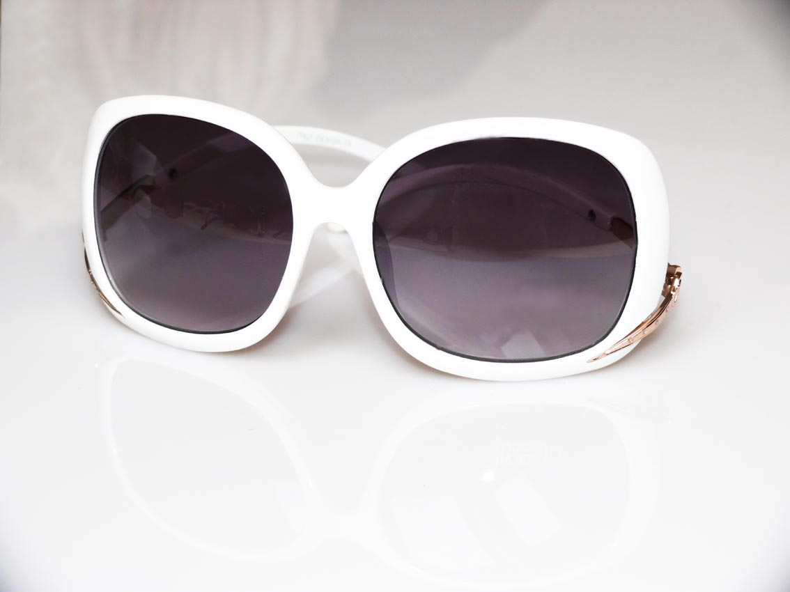 Okularki przeciwsłoneczne  8>