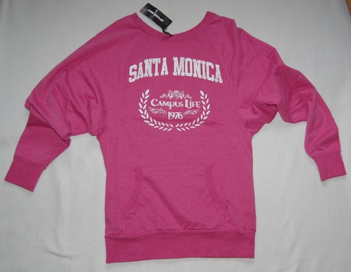 Różowa bluza nietoperz